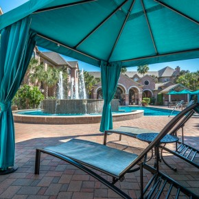 Outdoor cabana at Lincoln Melia Medical Center Apartments in Houston